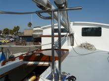 Searcher Hinged Mast